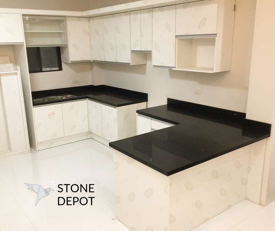 U-shaped Black Sapphire quartz kitchen countertop in Cagayan de Oro City
